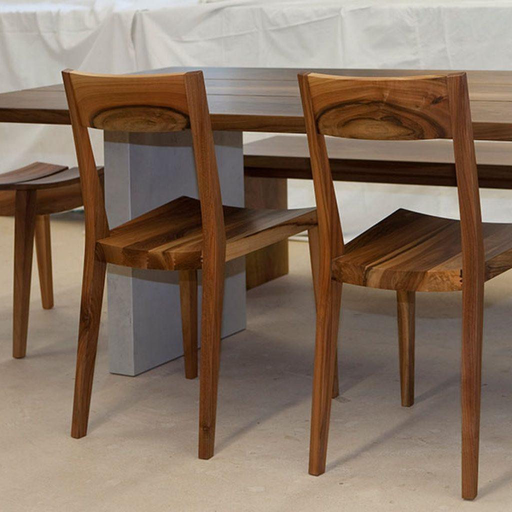 Holzstühle aus Schweizerholz