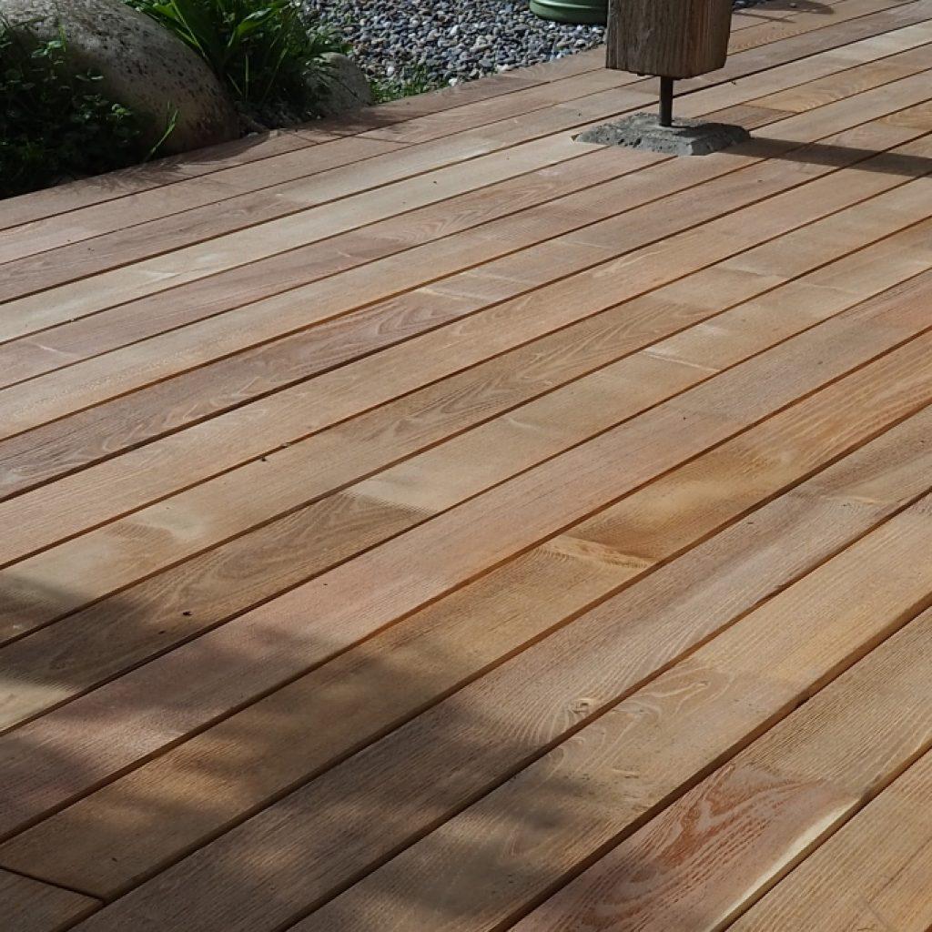 Terrasse mit Holzlatten