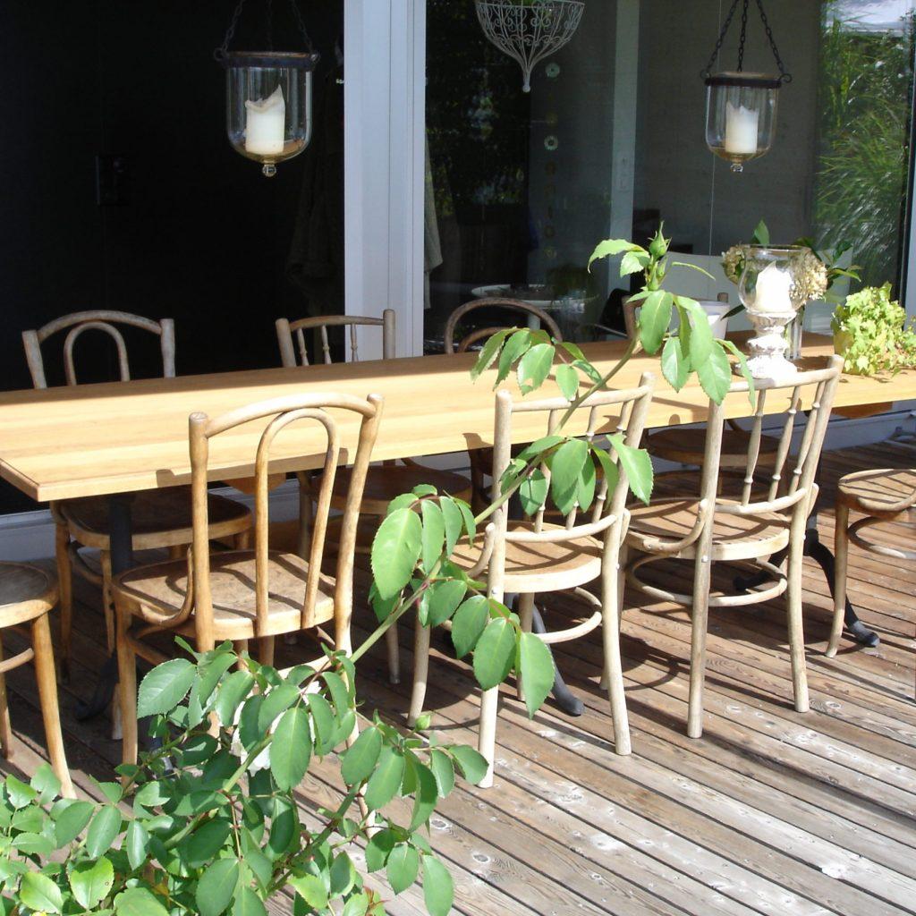 Gartenholztisch gross